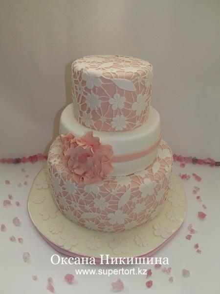 Свадебный торт Паутина любви