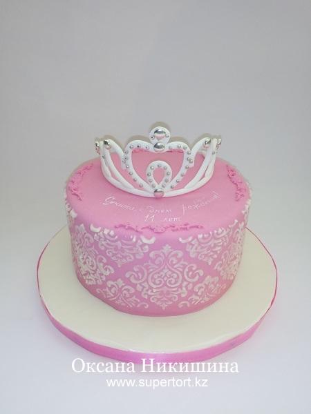 Торт Диадема для маленькой принцессы